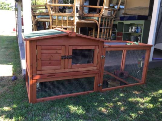 Outdoor Trixie Rabbit Hutch